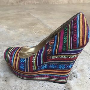 Women wedges shoes size 9.5